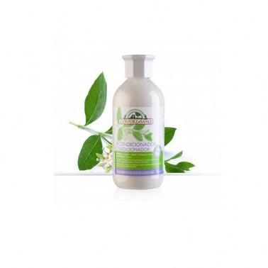 Suavizante Acondicionador Aloe y Henna BIO Corpore Sano, 300 ml.